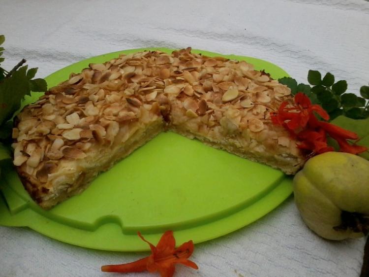 portugiesischer apfelkuchen quejocreme com amendoas e maca ein kochmeister rezept. Black Bedroom Furniture Sets. Home Design Ideas