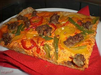 kartoffel hack pizza mit paprika ein kochmeister rezept. Black Bedroom Furniture Sets. Home Design Ideas